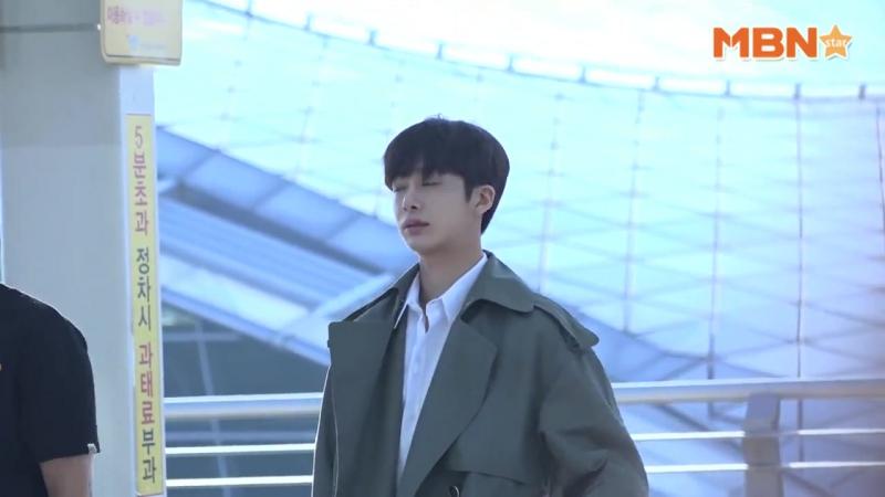 VK 01 09 2017 Hyungwon in airport Incheon fly to Hongkong @MBN스타