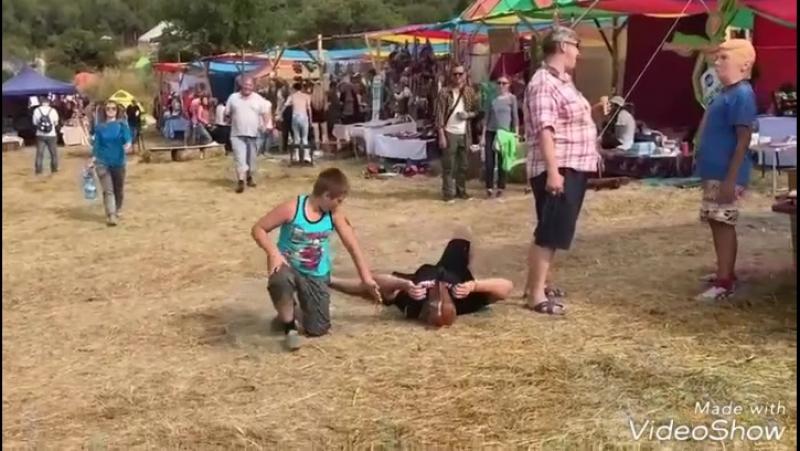 Эко-Этно Фестиваль FORE. А это Кроссфит👍😎 ход конем😃 пацан жив😂😂😂 А тем временем между лекциям...  Талгар, Алматинская область 1