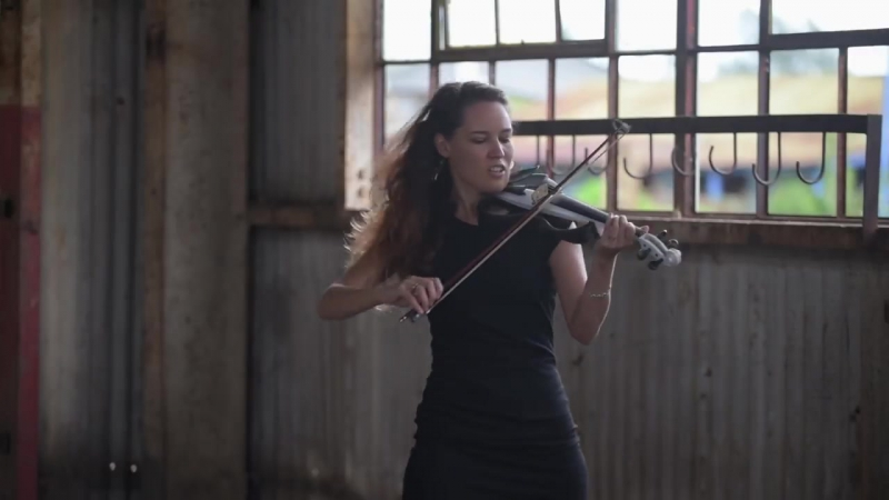 Despacito (Luis Fonsi ft. Daddy Yankee) - Electric Violin Cover _ Caitlin De Vil