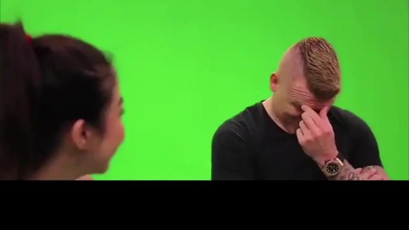 Девушка задала Риисе вопросы, которые он точно не хотел услышать.
