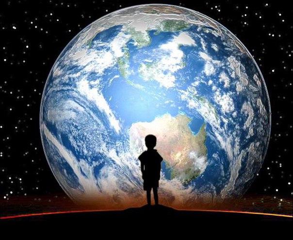 Я смотрю в ночное небо и знаю, что мы являемся частью Вселенной, мы находимся в ней. Однако, возможно, важнее этих двух фактов то, что Вселенная находится в нас, в нашем сознании. Многие люди чувствуют себя маленькими из-за того, что Вселенная так велика.