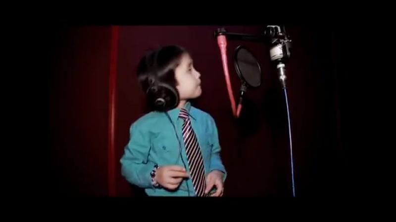 Песню Уитни Хьюстон исполняет мальчик из Азии Журнал Спорт и Здоровый Образ Жизни club126967384