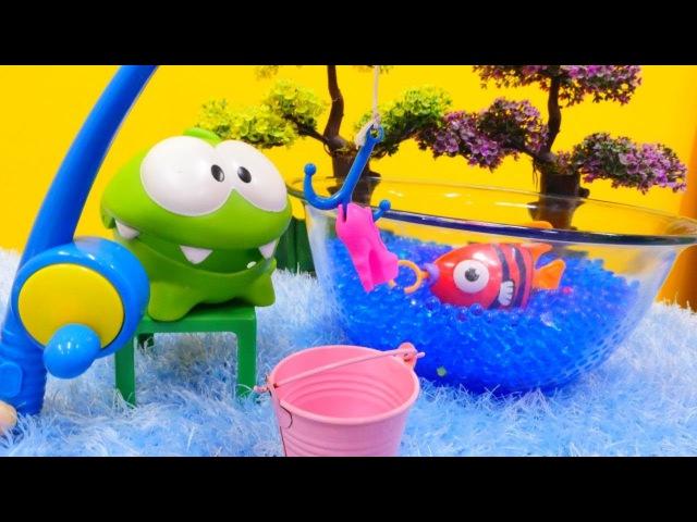 OM NOM Videos 💚 OmNom angelt 🐟 und geht auf den Markt 🍅 Om Nom auf Deutsch 😊 Video für Kinder