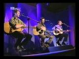 Graham Gouldman, Neil Finn, Roddy Frame. I`m Not In Love.