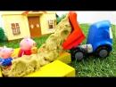 Грузовичок Лева и  СВИНКА ПЕППА   новая серия! Peppa Pig и #МашинкаЛева строят песочницу!