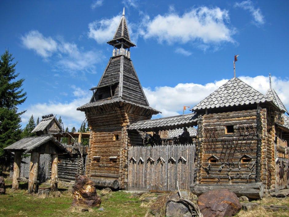 Поселок Зюраткуль.
