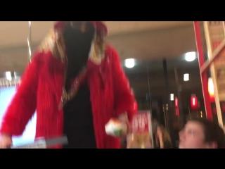 Big Russian Boss нехило поднял бабок в Бургер Кинг