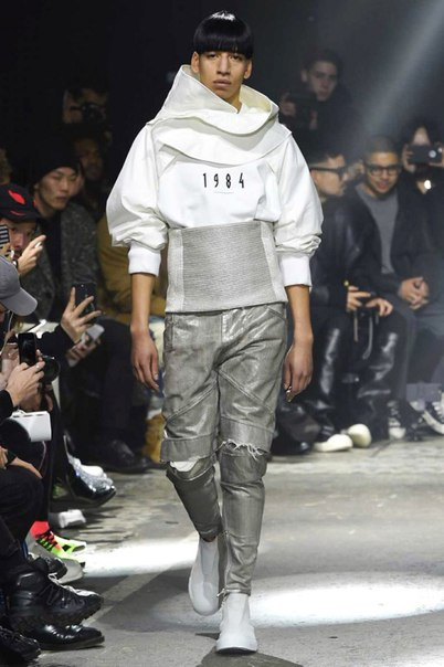 JULIUS' 2017 Fall/Winter Collection Would Be Perfect for 'Star Trek'