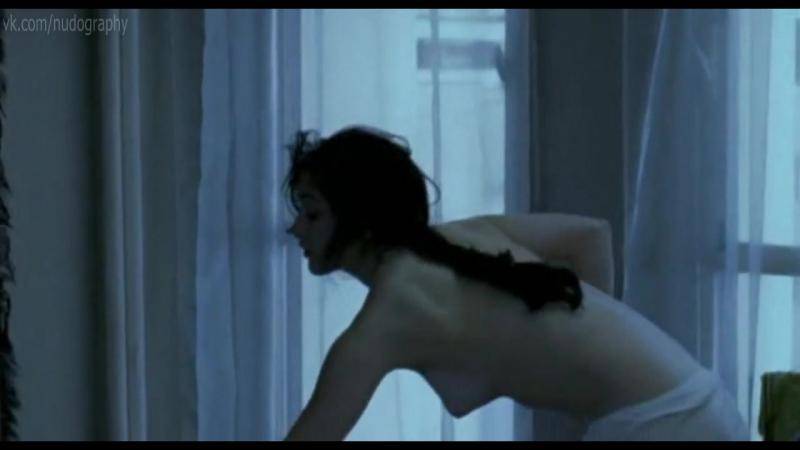 Фанни Валетт (Fanny Valette) голая в фильме Маленький Иерусалим (La petite Jérusalem, 2005, Карин Альбу)