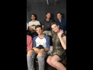 Актерский состав Флэша на интервью TV Line| Комик-Кон 2017