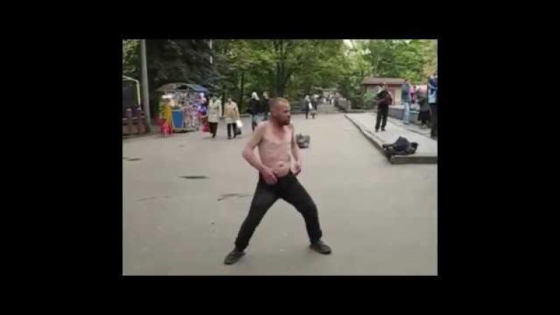 Колян танцует лучше всех Лучше коляна точно нет