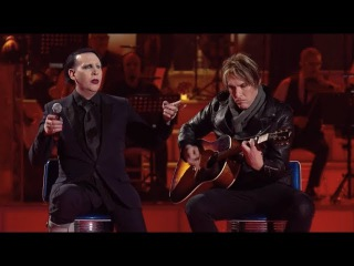 Marilyn Manson and Tyler Bates performing Sweet Dreams live on italian TV show MUSIC