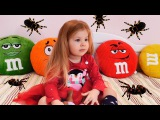 Funny kids playing Family Fun games for children with Animals toys for kids video nursery rhyme