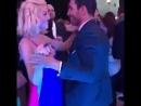 Мигель танцует