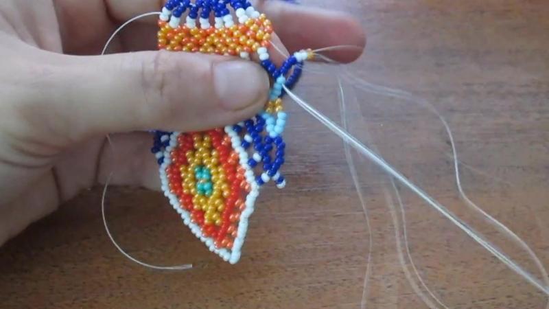 Колье из бисера в технике уичоль. Necklace biseru .Beading