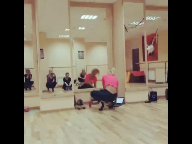 Приватный танец у стены / Харьков / Nomi Dance / ШЭТ KAMA Rise