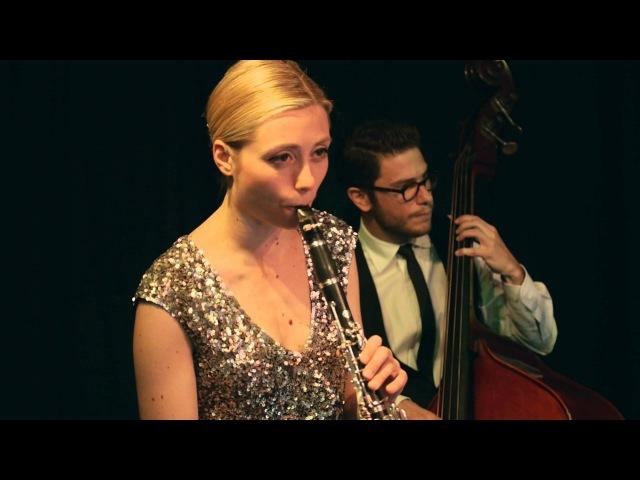 Un Bacio a Mezzanotte - Hetty and the Jazzato Band
