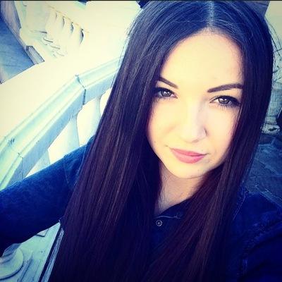 Ева Петрова