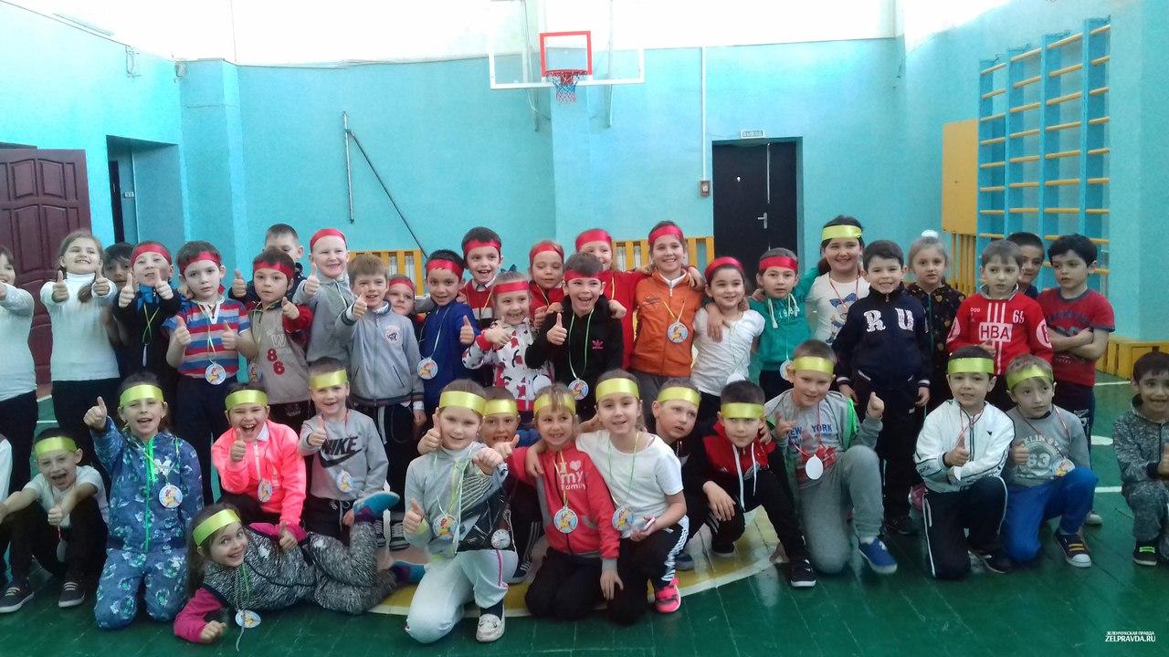 В Зеленчукской прошли «Армейские забавы»