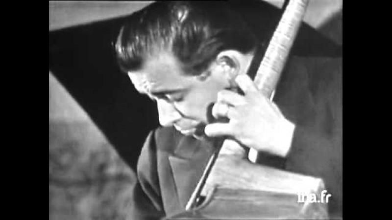« Blues In The Closet » par Bud Powell, Pierre Michelot et Kenny Clarke (1959)