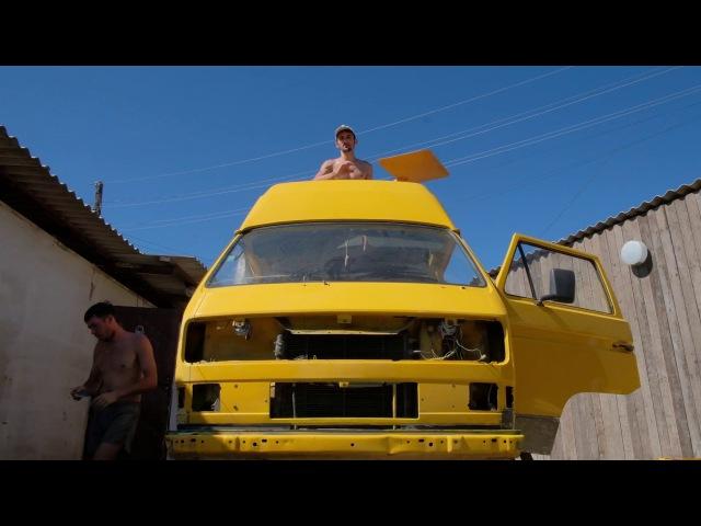 Между сериями 4 T3 Rhino Колхозим Volkswagen Transporter T3