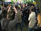 У Дніпрі за участь у сутичках 9-го травня платили по 600 гривень.