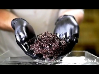 Секреты шоколадного декора. Шоколадная тающая паутина