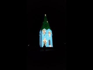 На часовню Параскевы Пятницы проецируют картины Сурикова