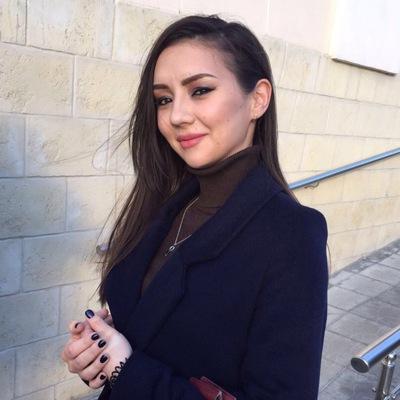 Султана Султанова