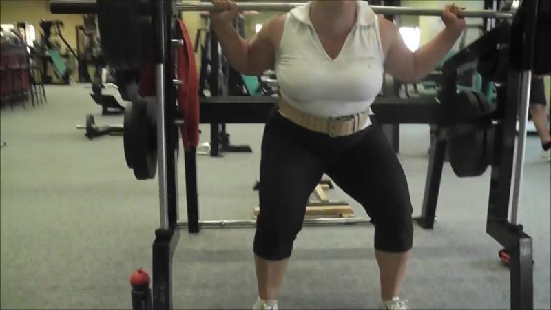 German Female Bodybuilder_Powerlifter ANNA-KONDA Squats ifbb fbb wbw