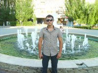Влад Алексеев