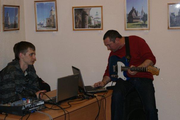 http://cs679.vkontakte.ru/u10635050/93059514/x_1a0f33ef.jpg