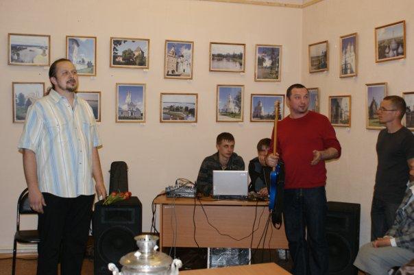 http://cs679.vkontakte.ru/u10635050/93059514/x_23b778f4.jpg