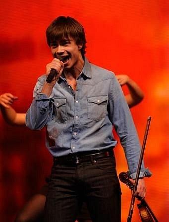 """""""Eurovision-2010"""" yarim final"""
