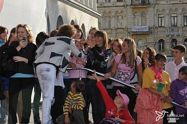 http://cs700.vkontakte.ru/u81588673/108260321/x_b08e6842.jpg