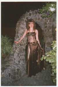 Юлия Волошина, 2 мая 1994, Набережные Челны, id53296460