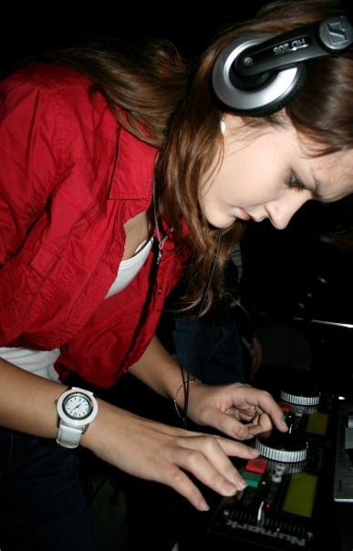 ELSY GREAT DJ