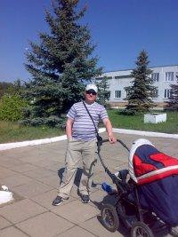 Юрий Кошелев, 9 февраля 1979, Череповец, id47917118