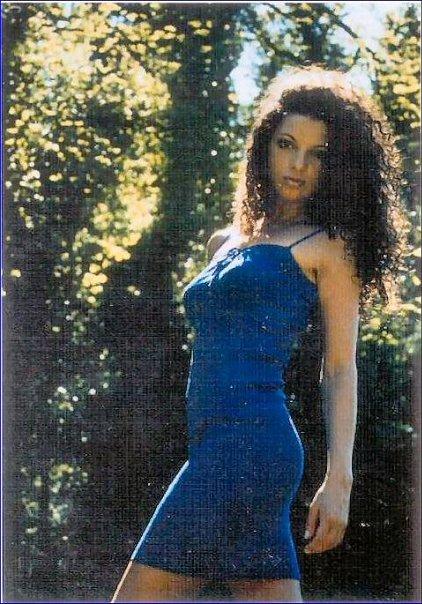 Gillian Norris Nude Photos 53
