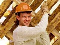 Работа на стройке хоть и тяжела, но хорошо оплачиваема.  Тут можно заработать...