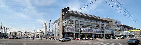 Оба магазина расположены в популярных торговых центрах Москвы - ТЦ Европейский и ТЦ...