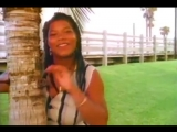 Queen Latifah featuring Tony Rebel - Weekend Love