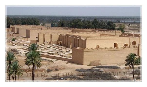 Самые древние мертвые города Вавилон (Ирак)Один из древнейших городов человечества, Вавилон успел побывать столицей многих государств и империй. Ассирийцы, халдеи, персы, македонцы,