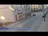 Камера видеонаблюдения зафиксировала акт вандализма на проспекте Ленина