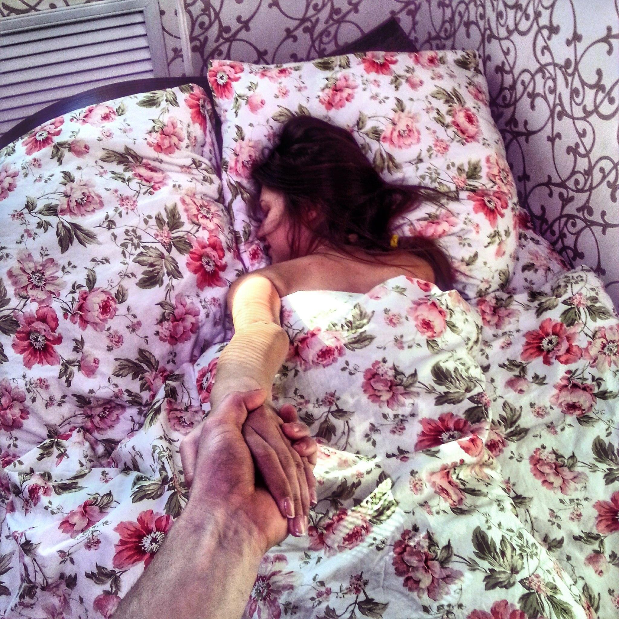 Трахнул спящею девочку фото 24 фотография