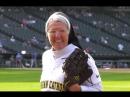 Монахиня из Чикаго покорила любителей бейсбола точным броском