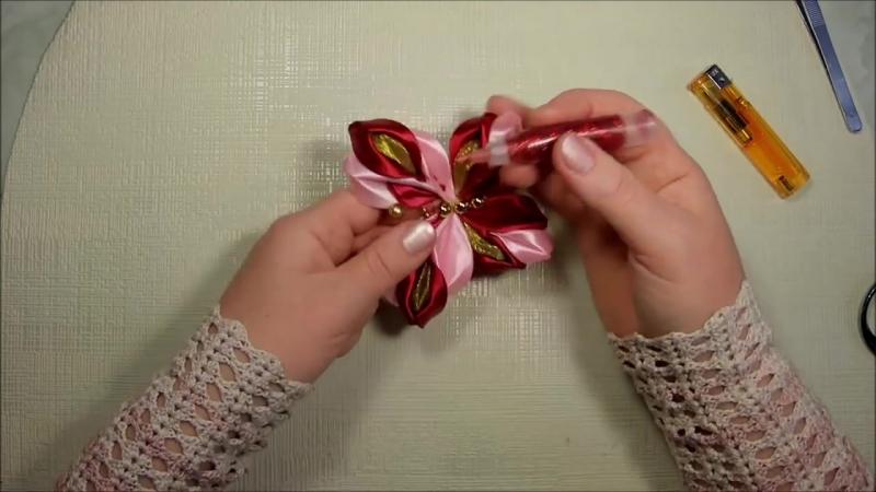 Объёмная 3D бабочка канзаши из атласных лент, мастер класс Лерита