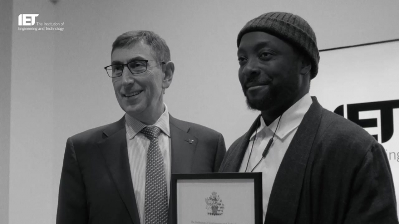 Will.i.am_rewarded_with_Honorary_Fellowship_from_the_IET_(MosCatalogue.net)