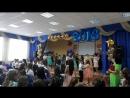 танец-вальс на выпускном