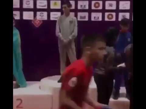 Чеченский спортсмен отказался от флага россии